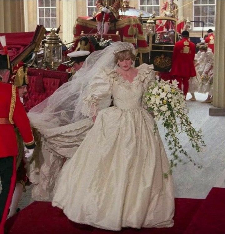 Epingle Par Debbie Morrison Sur Royal Family Princess Diana