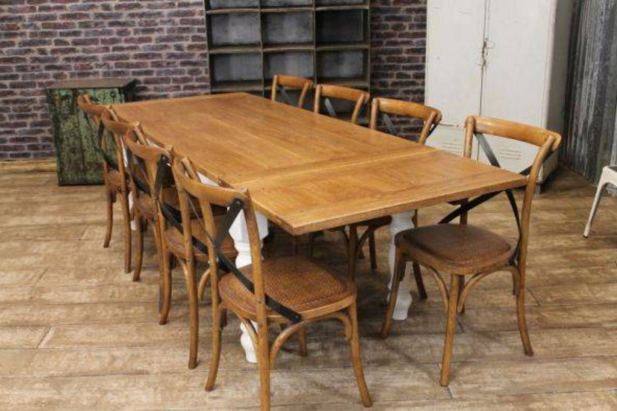 Rustic Oak Farmhouse Table And Chairs