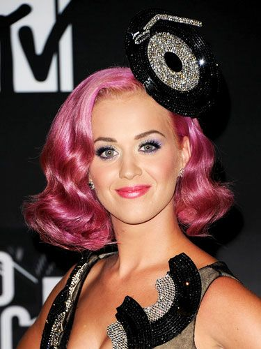 Hairstyle And Flat Iron Tips And Tools 2011 Hair Trends Recap Katy Perry Hair Pink Hair Katy Perry Photos