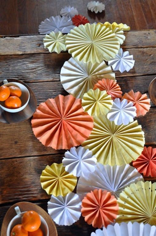 Diy Party Table Decorations paper fans http://www.shelterness/pictures/funny-diy-table