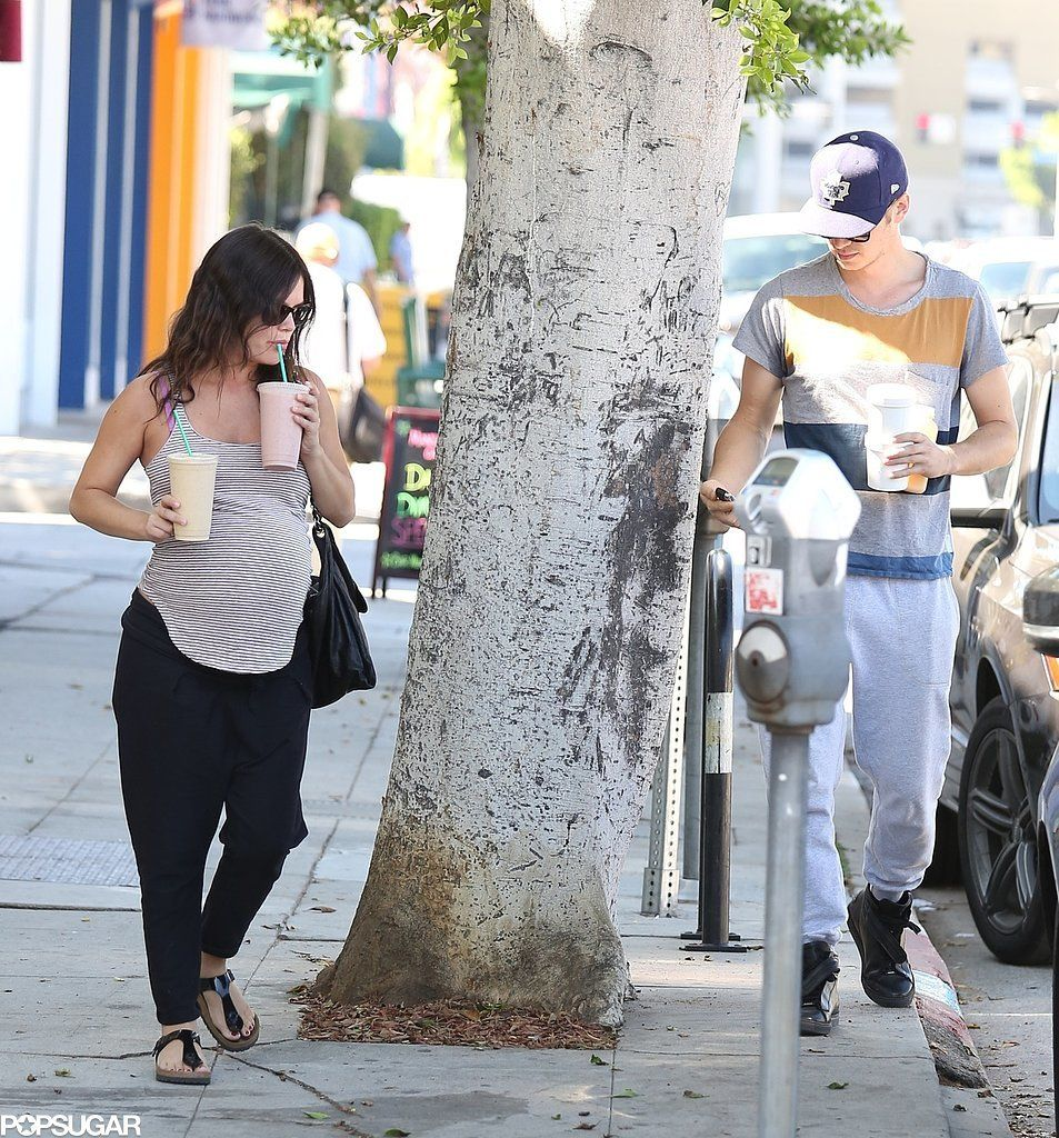 Rachel Bilson and Hayden Christensen picked up smoothies in LA on Monday.