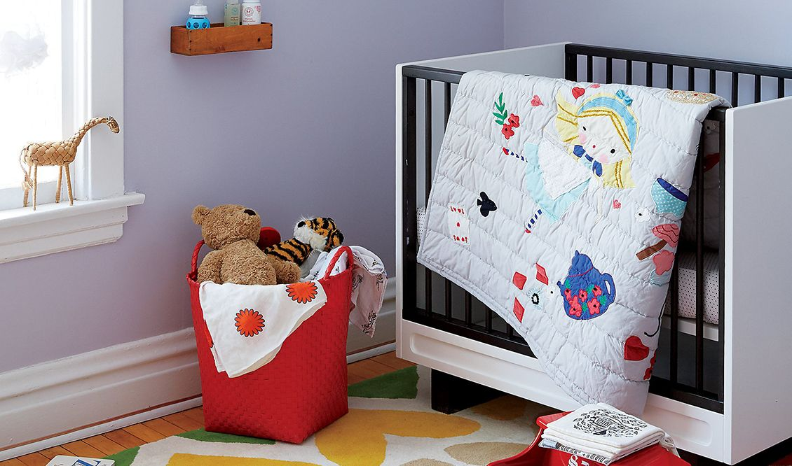 Chic Cribs for Small Spaces (With images)   Cribs for ...