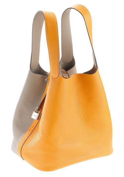 9d275260b5 Hermès bucket bag