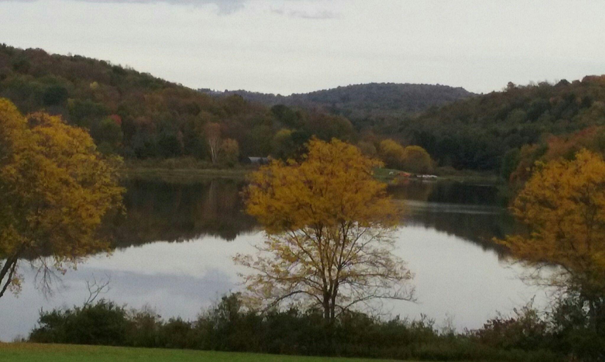 Fall morning at Lackawanna State Park