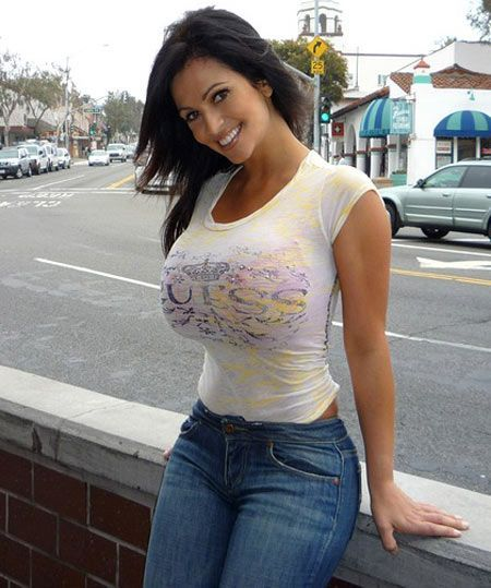 Think, that Big tits and tight shirts