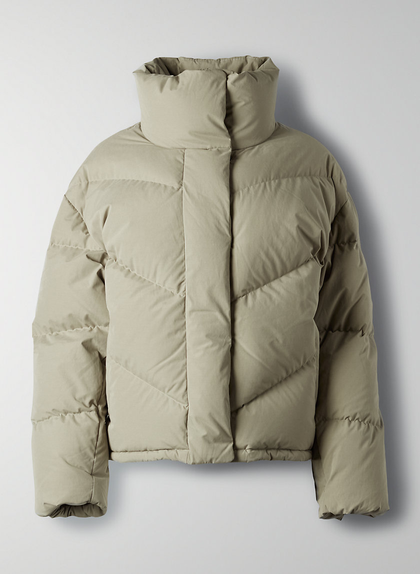 The Cloud Puff Puffer Jacket Style Jackets Cute Jackets [ 1147 x 840 Pixel ]