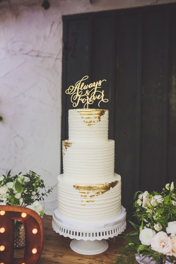 Gold leaf accented wedding cake: http://www.stylemepretty.com/california-weddings/san-juan-capistrano/2016/03/15/romantic-glamorous-villa-san-juan-capistrano-wedding/ | Photography: Teale Photography - http://tealephotography.net/