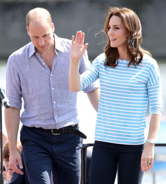 Kate Middleton Photos Photos - Prince William, Duke of Cambridge and Catherine, Duchess of Cambridge after participating in a rowing race between the twinned town of Cambridge and Heidelberg on day 2 of their official visit to Germany on July 20, 2017 in Heidelberg, Germany. - The Duke and Duchess of Cambridge Visit Germany - Day 2
