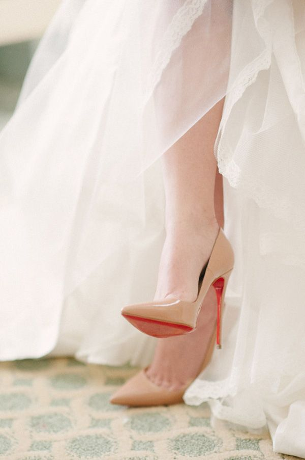 christian louboutin novia