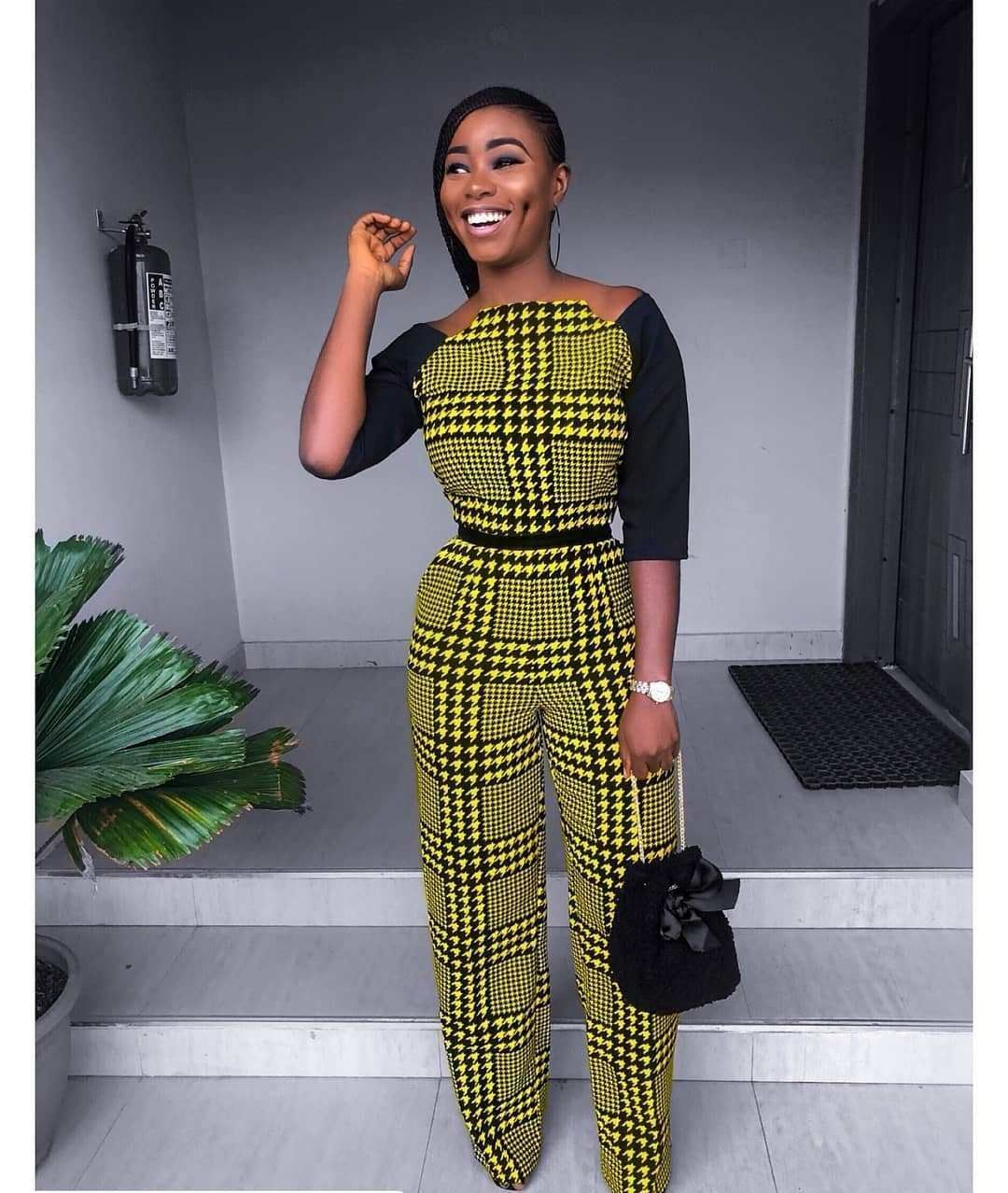 Here are the collection of stylish and trendy Latest Ankara Jumpsuit Styles 2019. This Ankara print is a very trendy fabric at the moment and sewing jumpsuits with them are just so stylish. #AnkaraForShow #ankarastil Here are the collection of stylish and trendy Latest Ankara Jumpsuit Styles 2019. This Ankara print is a very trendy fabric at the moment and sewing jumpsuits with them are just so stylish. #AnkaraForShow #ankarastil Here are the collection of stylish and trendy Latest Ankara Jumpsu #ankarastil