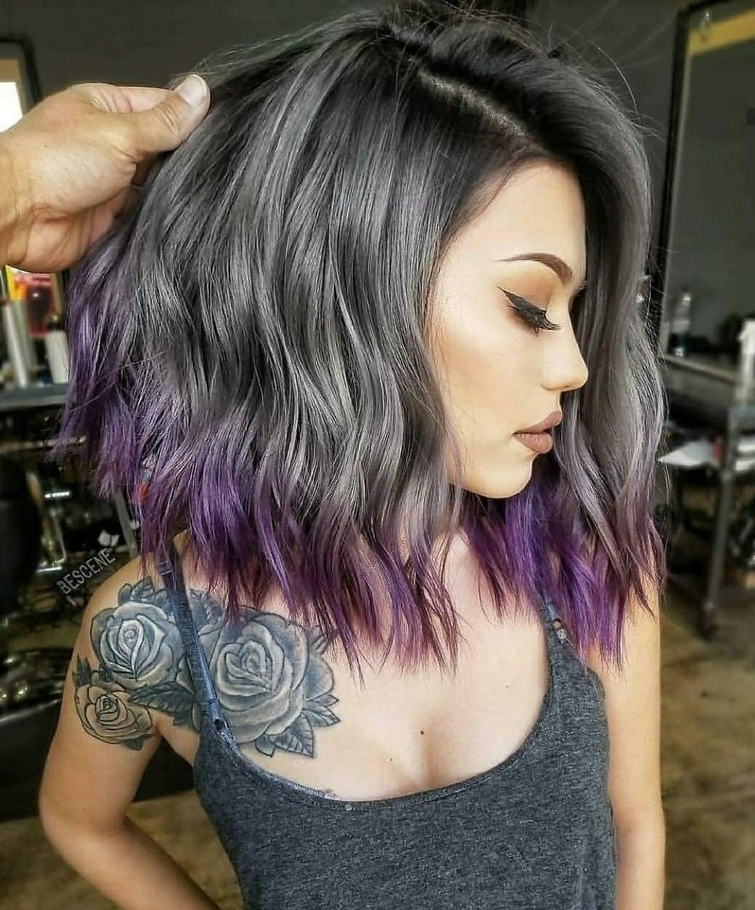 Pin By Yibily Guillen On Belleza In 2020 Black Hair Ombre Medium Length Hair Styles Hair Styles