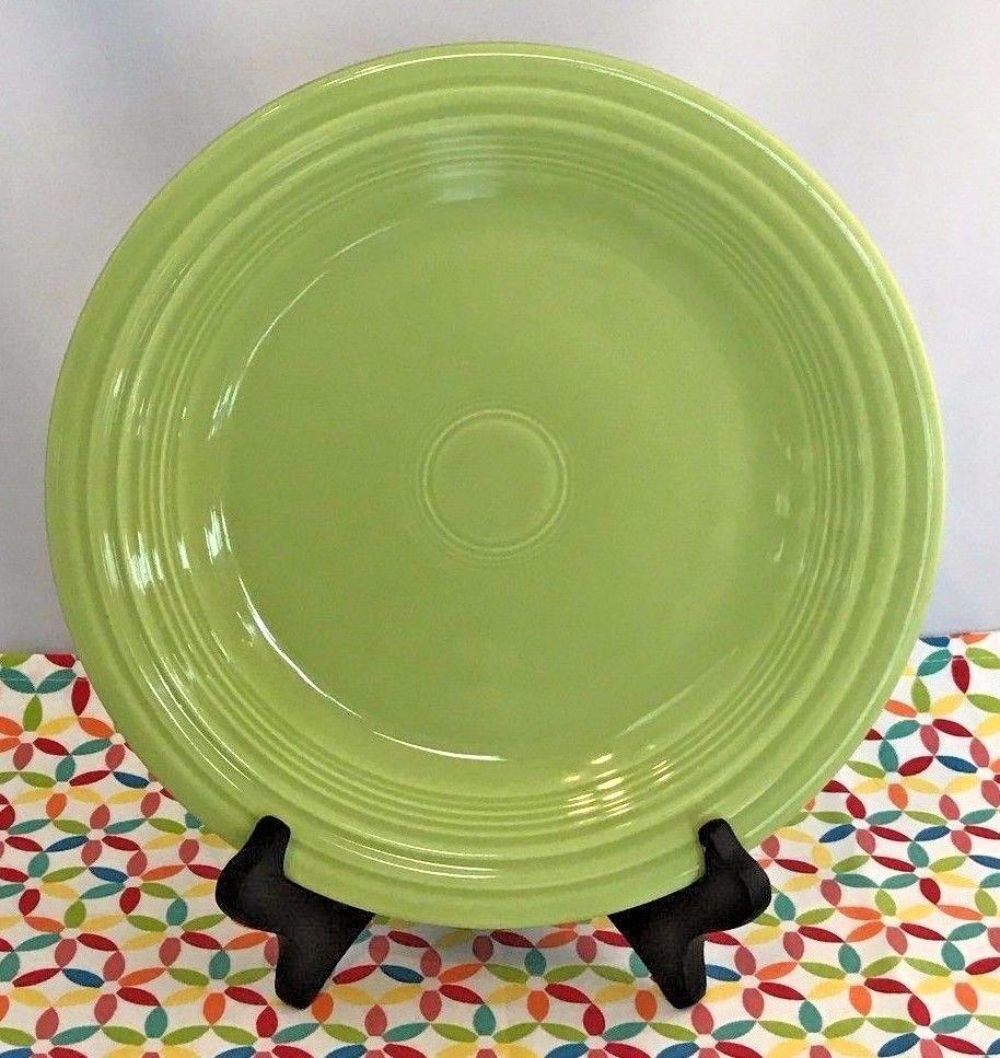 Vintage Fiestaware Chartreuse Dinner Plate Fiesta 1950s Green & Vintage Fiestaware Chartreuse Dinner Plate Fiesta 1950s Green | Fiestas