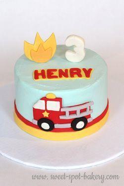 Fire truck birthday cake Toddler boy cake Idee Pinterest