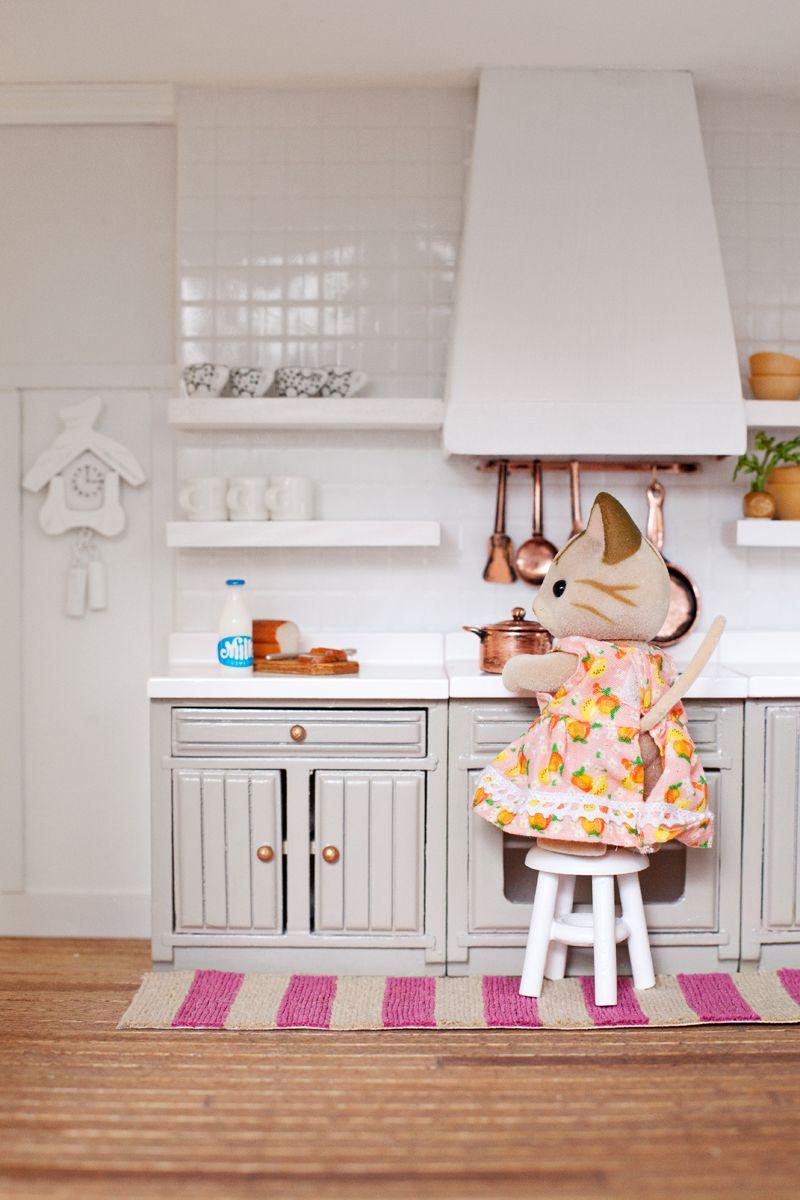 Modern Miniature Dollhouse Kitchen