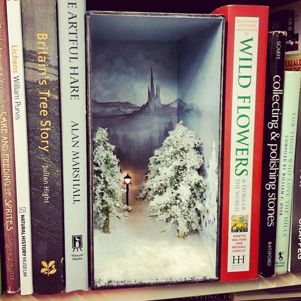 Lit Narnia Lamp Post Book Nook Diorama Shadow Box Bookshelf Art Book Nooks Book Crafts