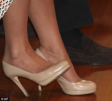 adc203270461cf Those shoes  The Duchess chose to wear her trusty nude platform heels which  she tapped in time to the performance