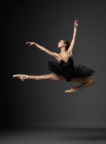 New York City Ballet By Henry Leutwyler Popbee Popbee Dance Photography Ballet Photography City Ballet