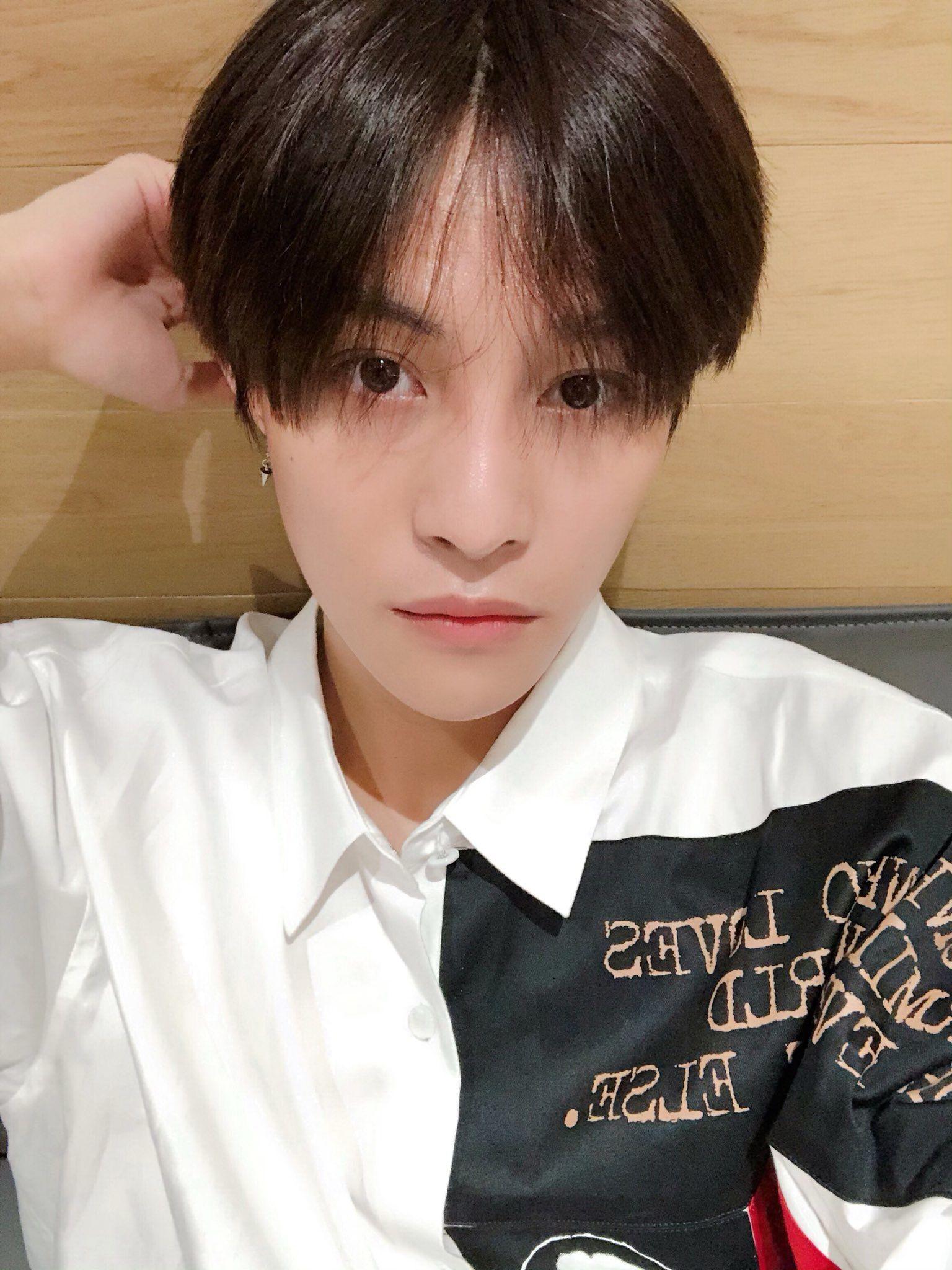 Nct Wayv Xiaojun Xiaodejun Deokjun Sodeokjun Selfie Selca Blackhair Shirt 2019 Nct Dream Yangyang Wayv