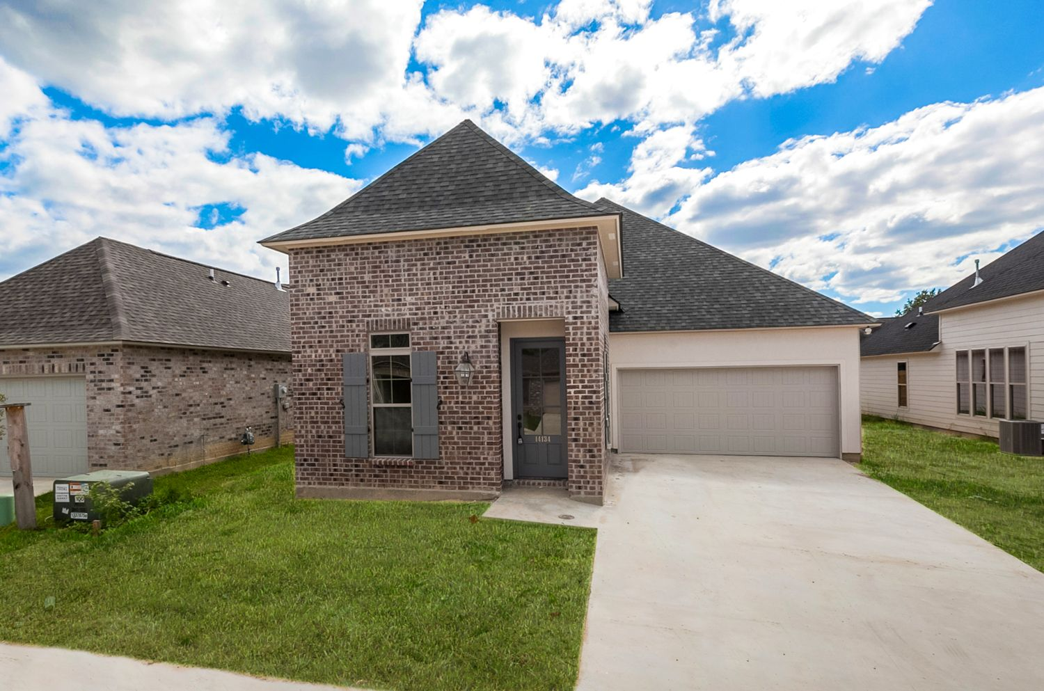14134 Coursey Cove Ave CC LOT 34 Courtyard design, Home