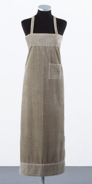 The Russian Constructivists created garments created predominantly from geometric shapes. They felt that fabric that is woven into flat rectangles should not be cut and sewn into shapes alien to its origin. Zittel's Personal Panel Uniforms (1995-98) pushed this principle to it's most extreme conclusion by creating rectangular garments pinned and tied to fit.