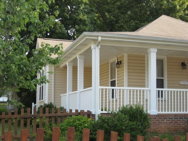 Porch On A Hip Roof House Yahoo Search Results Hip Roof Design House Roof House Exterior