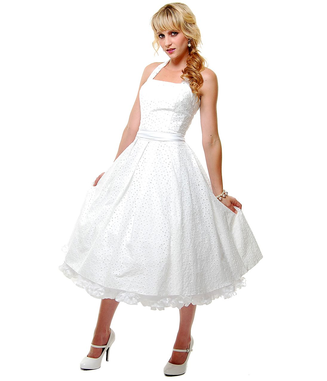 Off white cotton eyelet flirty halter swing dress pinup style