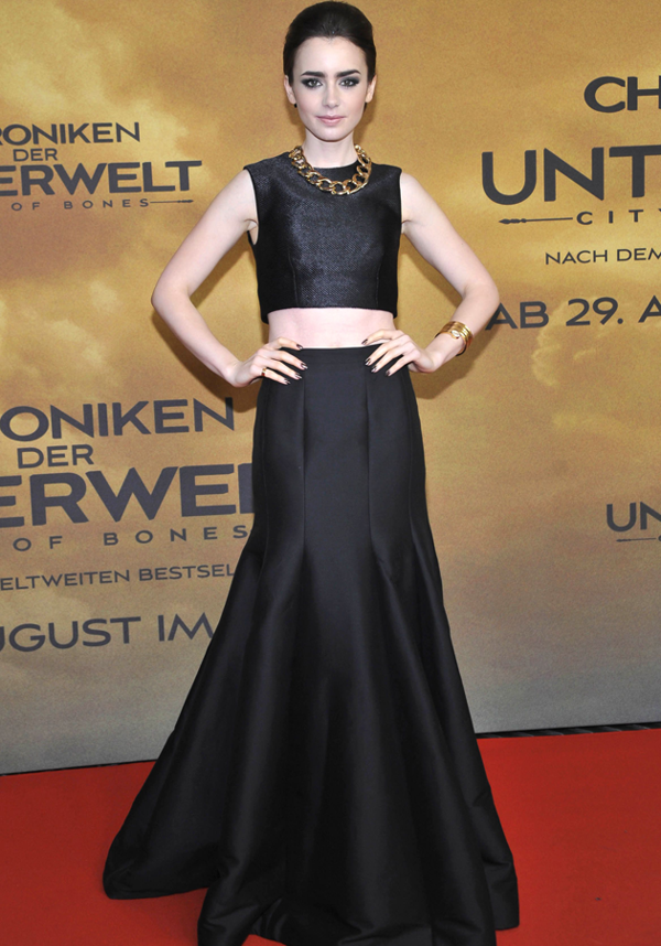 656d1ecdd0cdc2 Lily Collins flashes the flesh on The Mortal Instruments: City of Bones  Berlin red carpet - Yahoo! Lifestyle UK