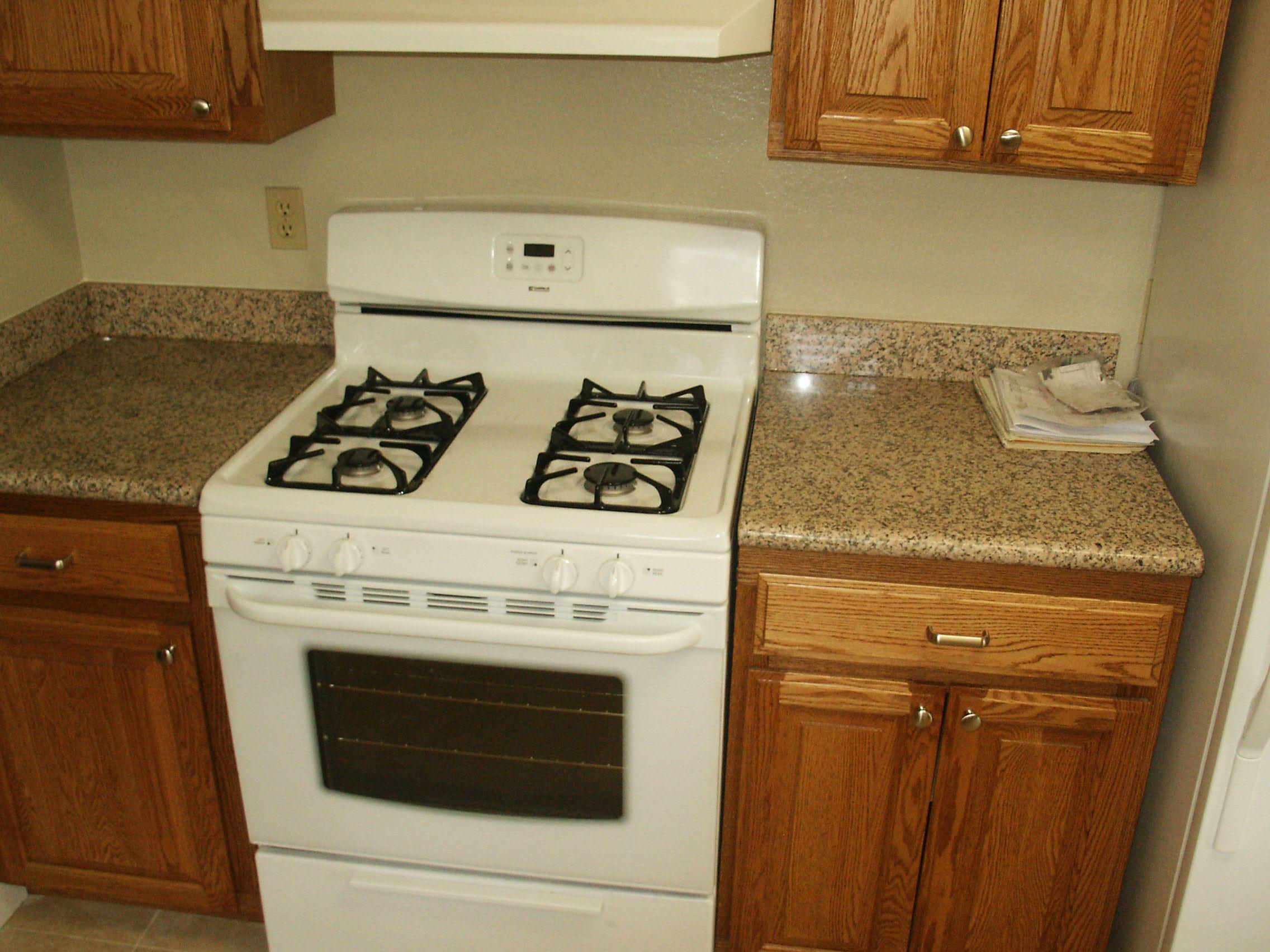 Kitchen Quartz Countertops With Oak Cabinets Kitchen Design For Small Room Quartz Countertops