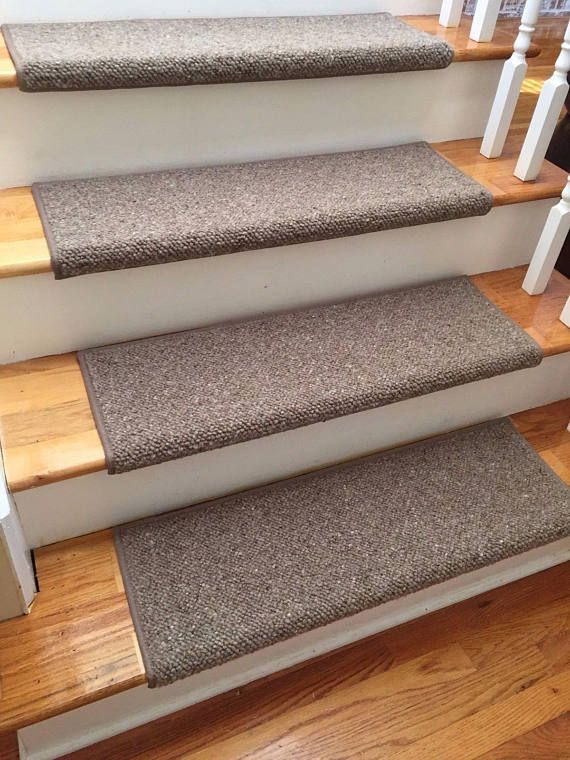 Best Alfa Brown 100 Wool True Bullnose™ Padded Carpet Stair 400 x 300