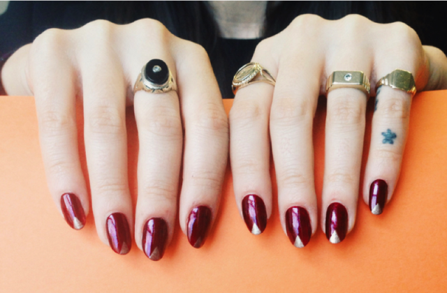 10 tricks for taking an amazing #nailfie