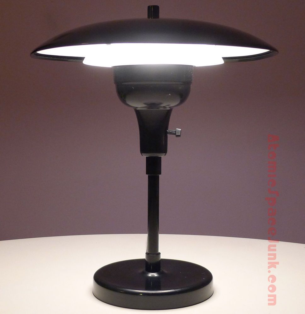 Mid century modern flying saucer table lamp ufo diffuser shade art mid century modern flying saucer table lamp ufo diffuser shade art specialty arubaitofo Images