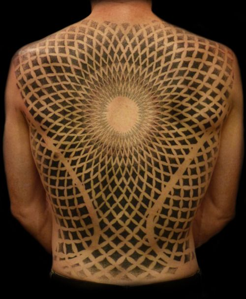 Dotwork backpiece done by eRic The Viking @ Happy Sailor, London UK