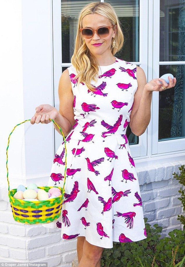 Reese Witherspoon wore Draper James Tennessee Tweet Dress