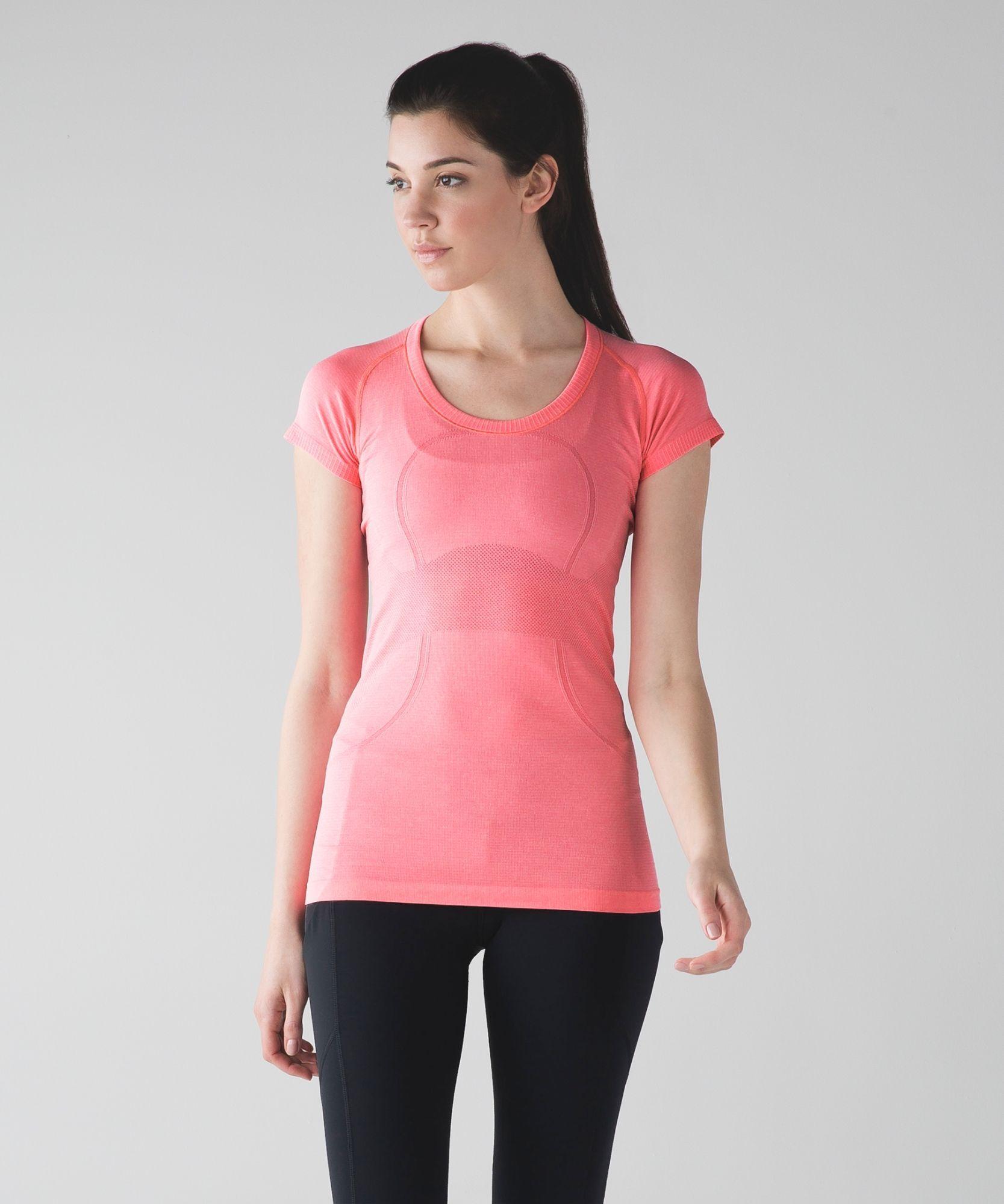 Women's Short Sleeve Top - Swiftly Tech Short Sleeve Scoop *Online Onl