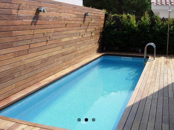 Modelo De Posible Piscina Para Instalar Pegada A La Pared En Los Bajos Piscinas Piscina Jardin Piscina