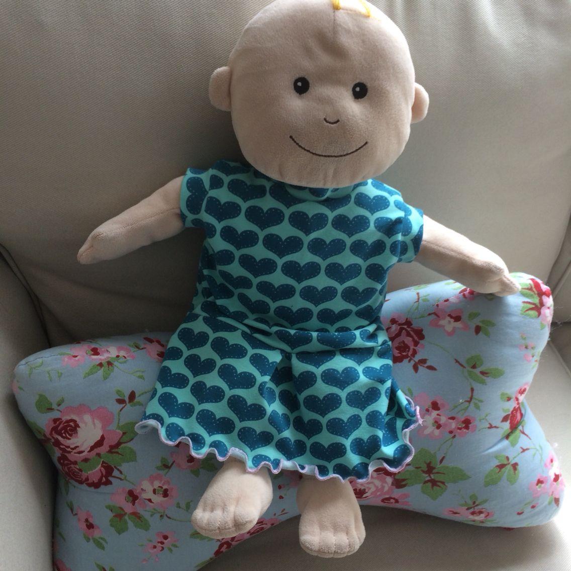 Puppenkleidern nach eigenem Schnitt