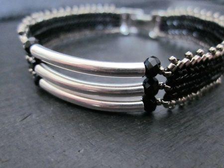 Autre cadeau, d'après un bracelet de Puca