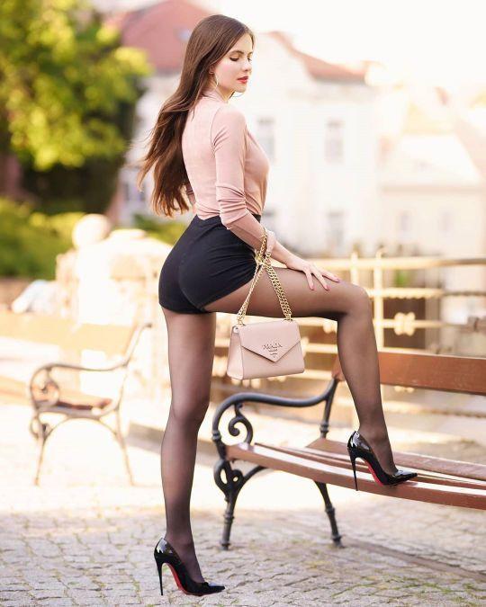 Pin auf ~+ Ariadna Majewska