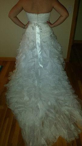 David's Bridal 'Monique Luo' size 10 used wedding dress - Nearly Newlywed