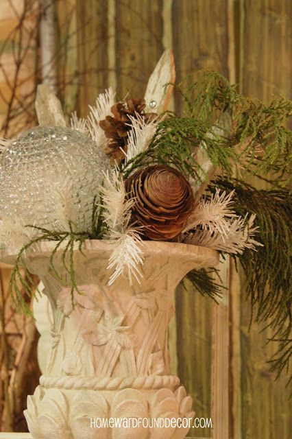 winter decor: use glass lamp globes in floral arrangements and more! HOMEWARDfoundDecor.com