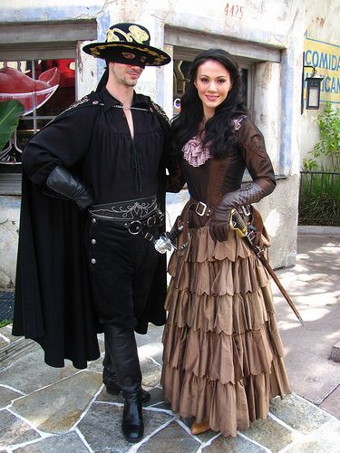 Zorro and Elena costume idea