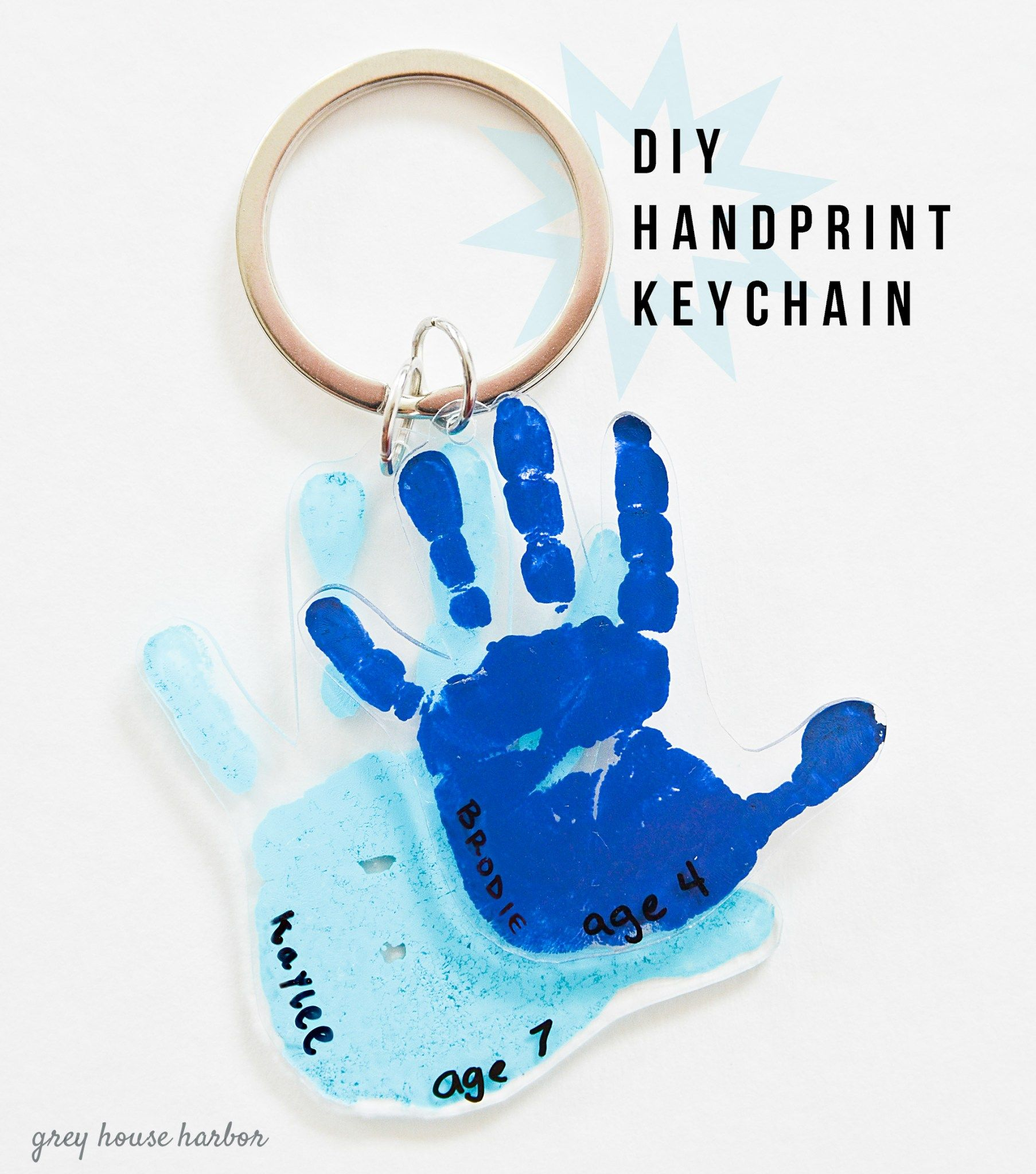 DIY Handprint Keychain - great gift idea! | greyhouseharbor.com #grandparentsdaygifts