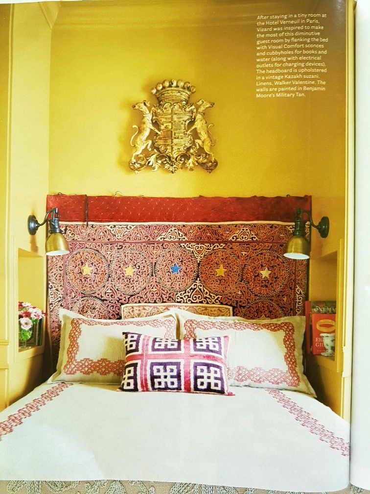 tiny but luxe bedroom with thoughtful built in nook as nightable rh pinterest com