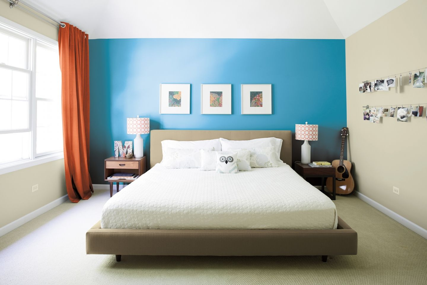 this bold and bright blue accent wall is balancedsoft