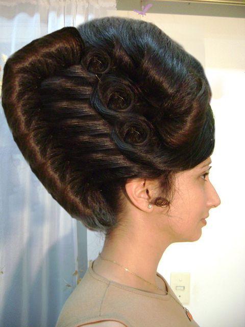 Women Hair Designs Nail Art Haar Styling Toupierte Frisuren Retro Haar