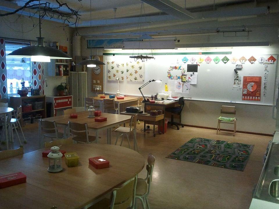 classroom-643047_960_720