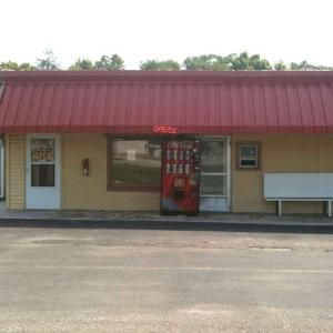 Economy Inn Chillicothe: 328 SOUTH 4TH STREET,CHILLICOTHE,IL,61523 #Hotels #CheapHotels #CheapHotel