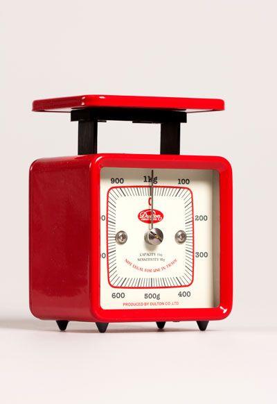 Retro keittiövaaka 1kg, punainen