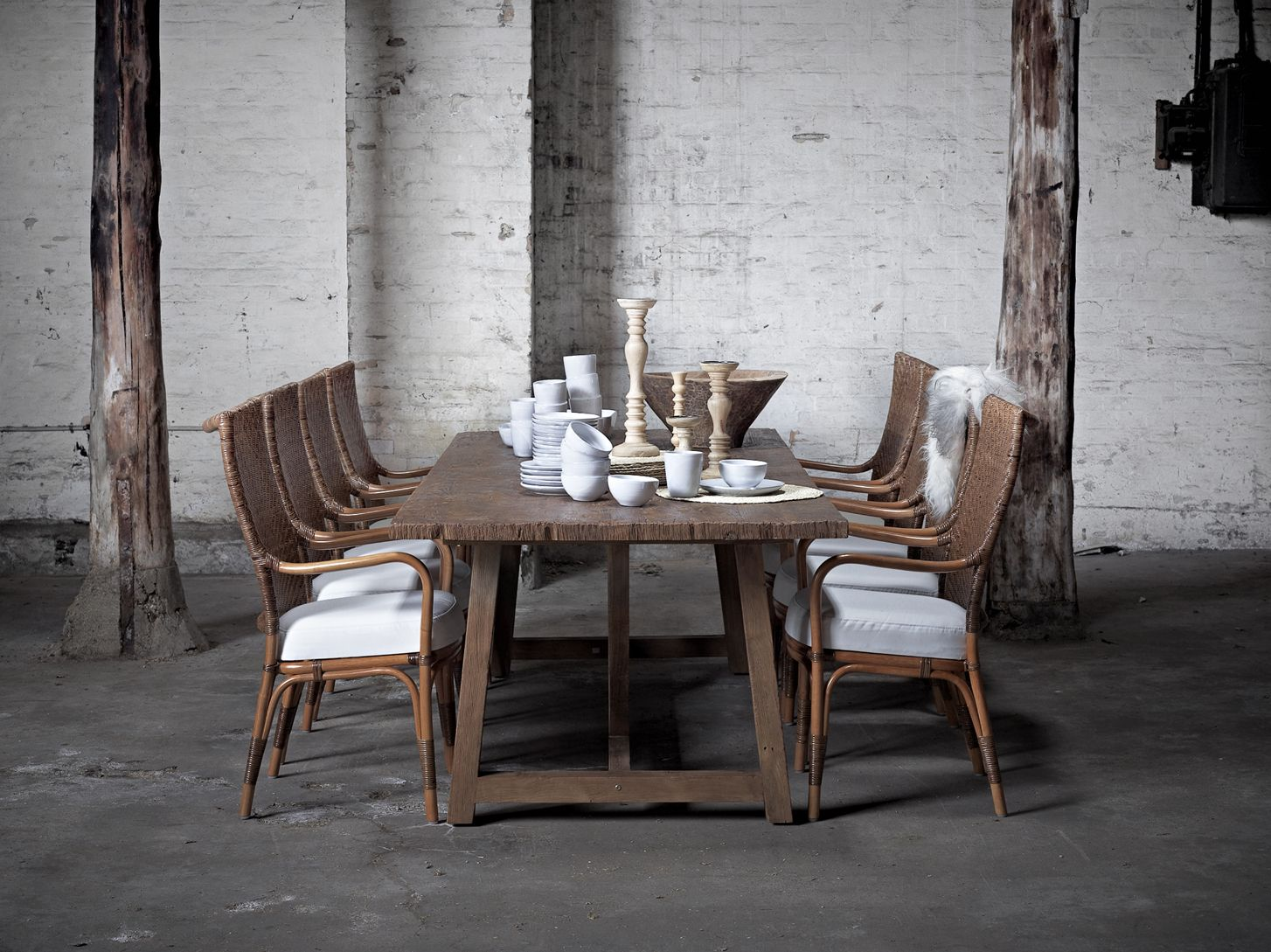 Melody chairs and Lucas table from the Originals-collection ...