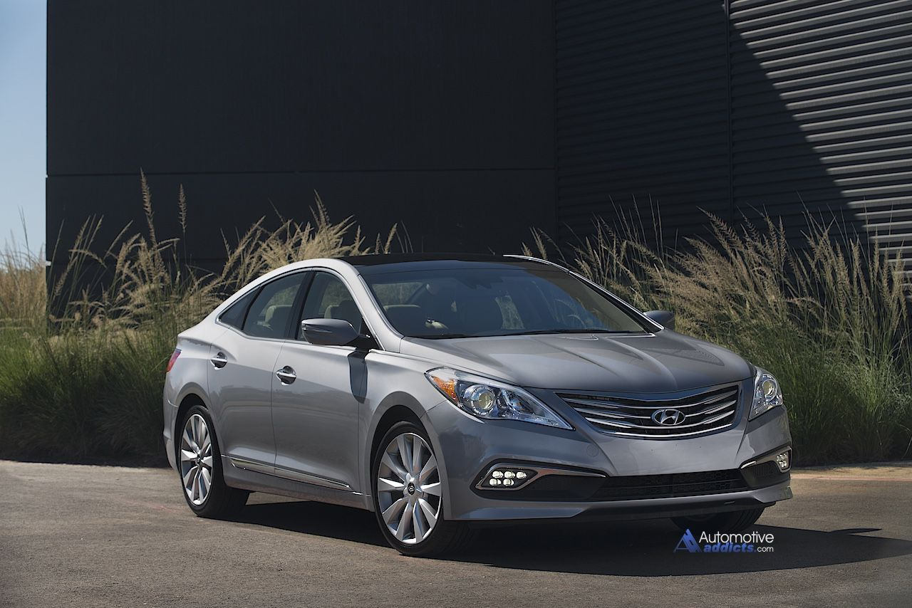 2015 Hyundai Azera Launches at Miami International Auto Show